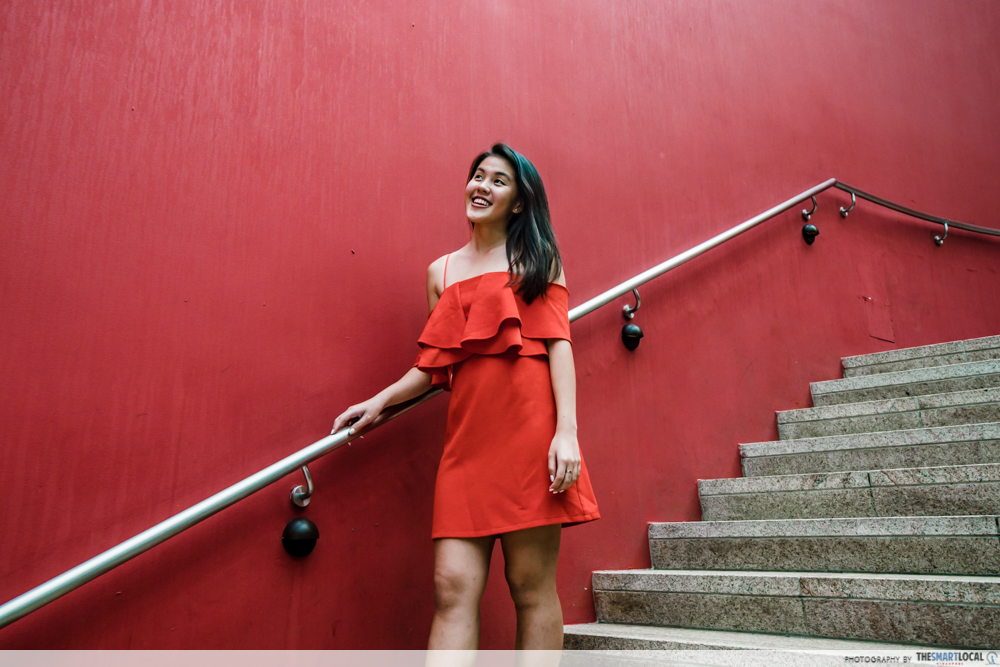 Sunflower surprise ootd using phone GBTB - outfit red dress stairs