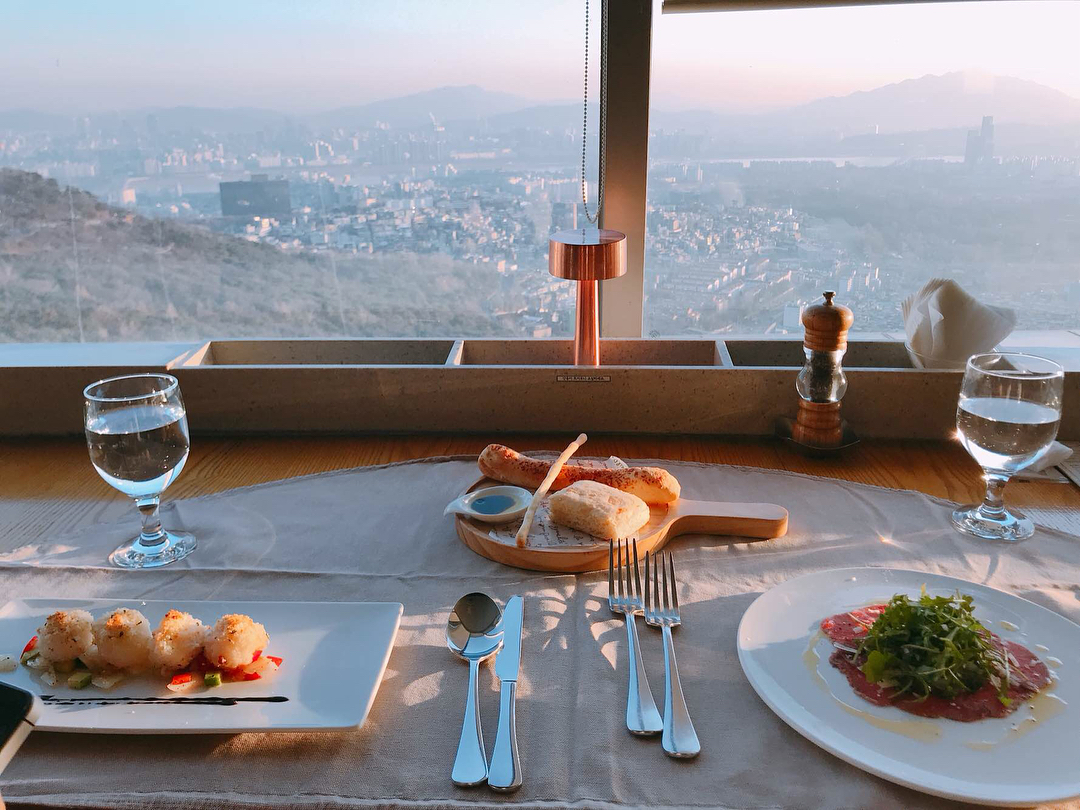 Seoul Restaurants view Korea - the place dining course meals
