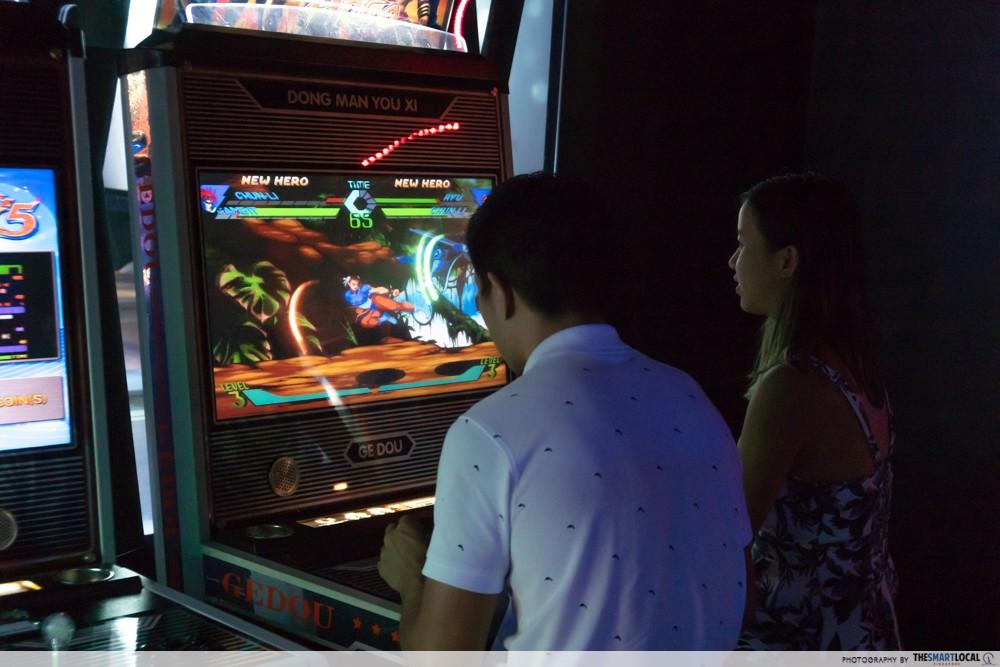 k bowling club arcade street fighter
