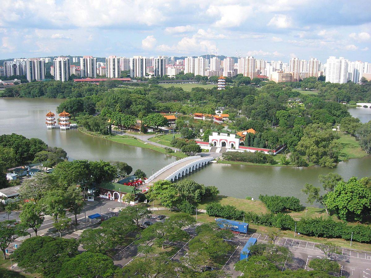 Dog runs Singapore - jurong lake gardens 2019 new chinese japanese gardens