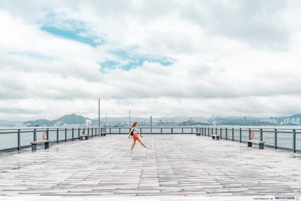 minimalist wharf
