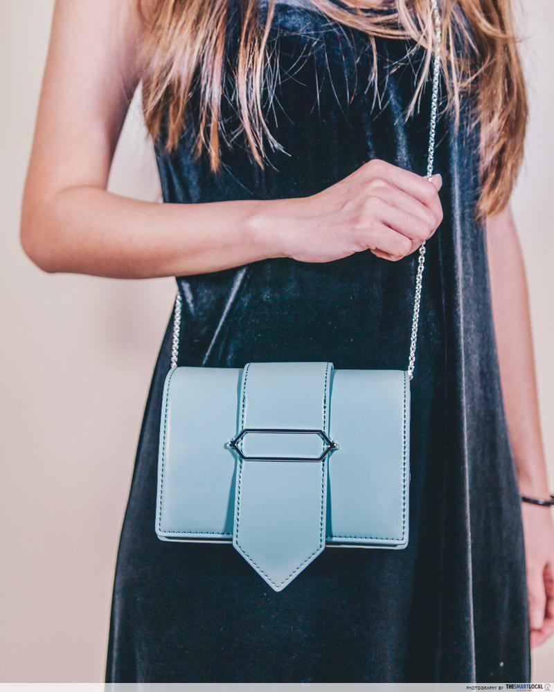 oversized hexagon detail clutch