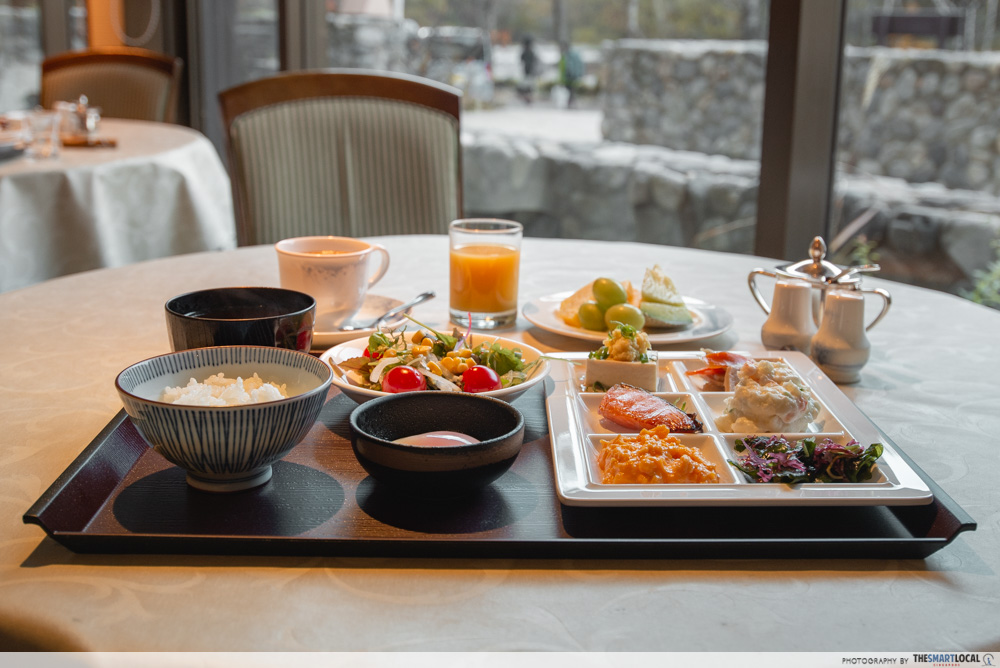 Nagano kamokochi matsumoto guide - Kamikochi Lemeiesta Hotel breakfast buffet