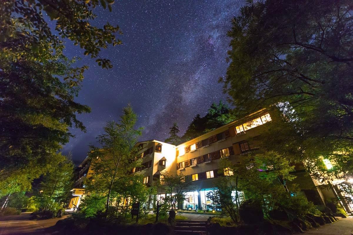 Nagano kamokochi matsumoto guide - Kamikochi Lemeiesta Hotel stargazing