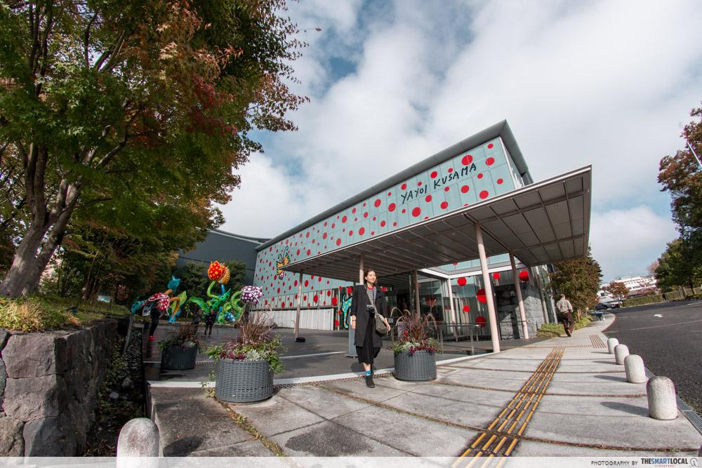 Nagano kamokochi matsumoto guide - matsumoto city museum of art yayoi kusama