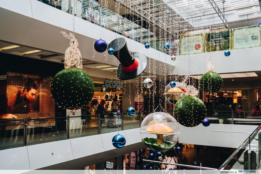 JEM wonderland themed christmas 2018 - void dangling bubbles decorations