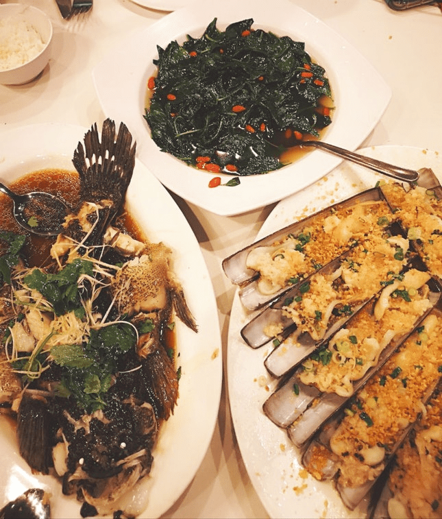 owen seafood restaurant spread
