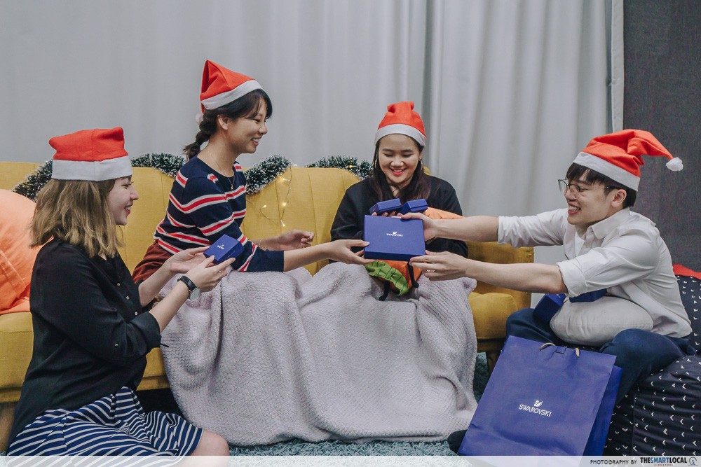 Christmas party games - Gift Exchange
