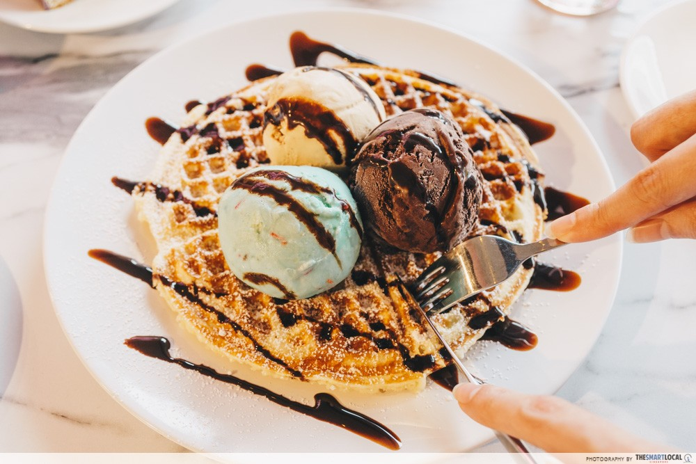 Queen of Treats - Waffles with Ice Cream
