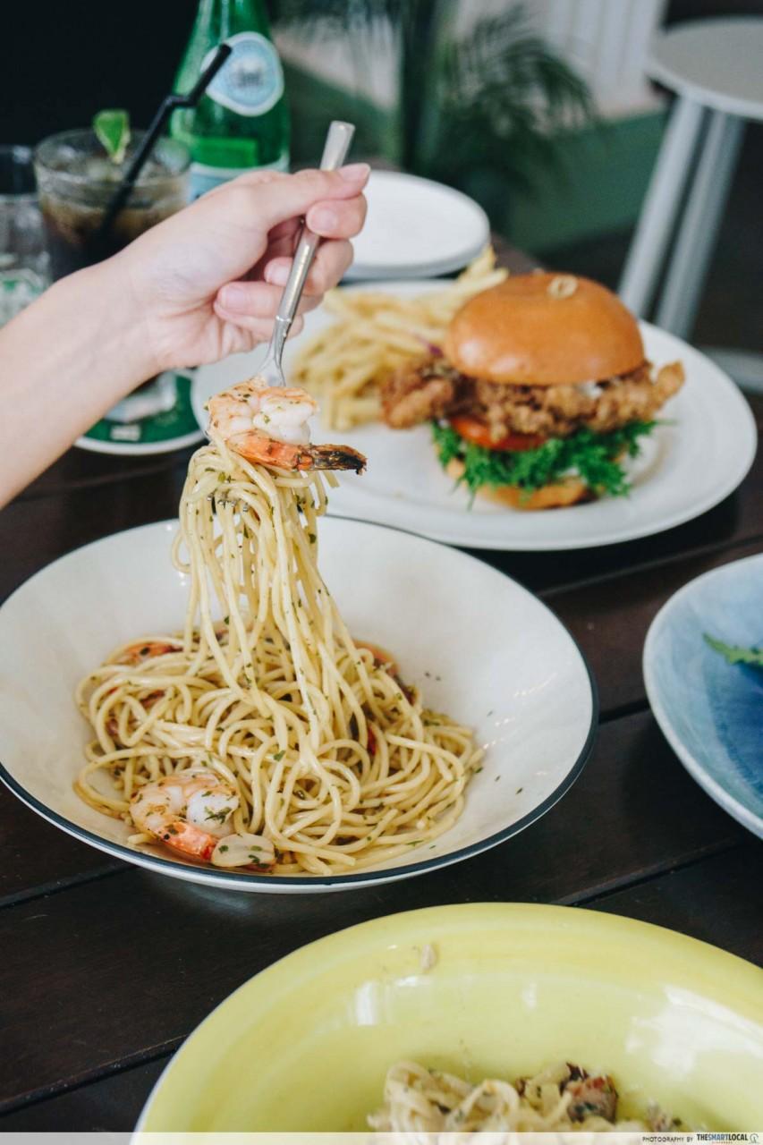 hej kitchen singapore aglio olio prawns