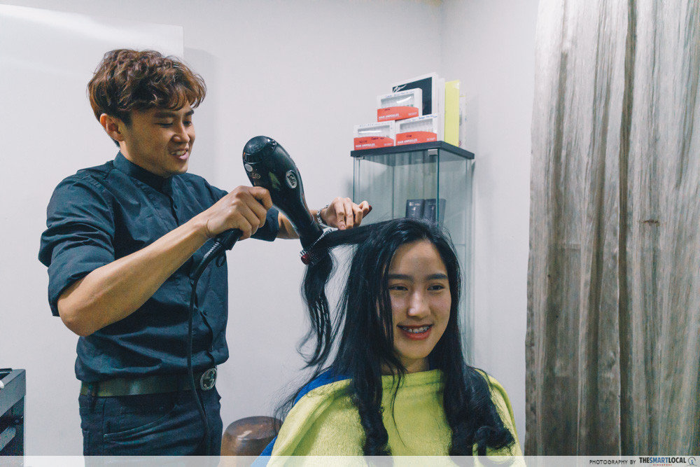 hair curling service