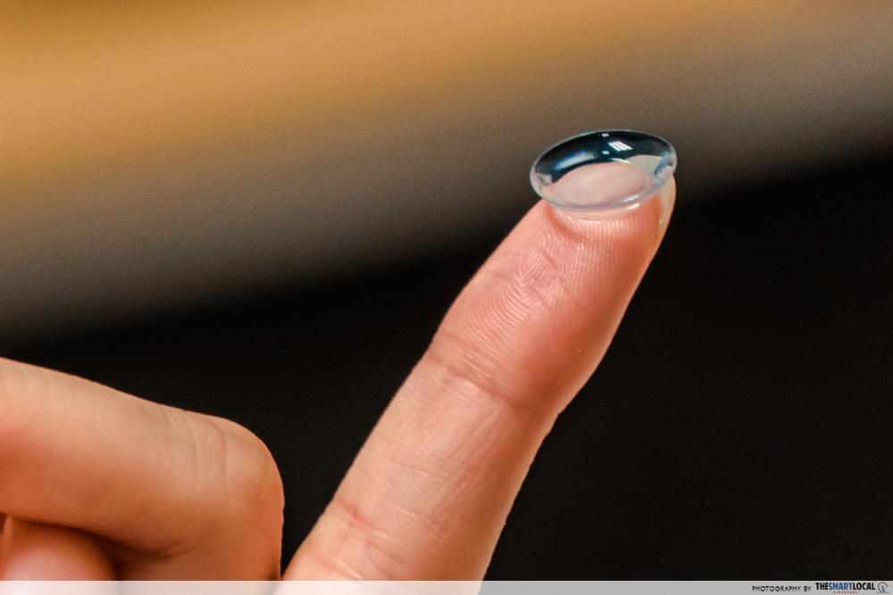 puri yves contact lens