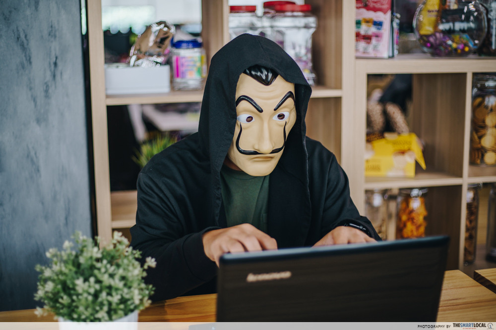4 New Types of Online Scams That Cheated Singaporeans Of