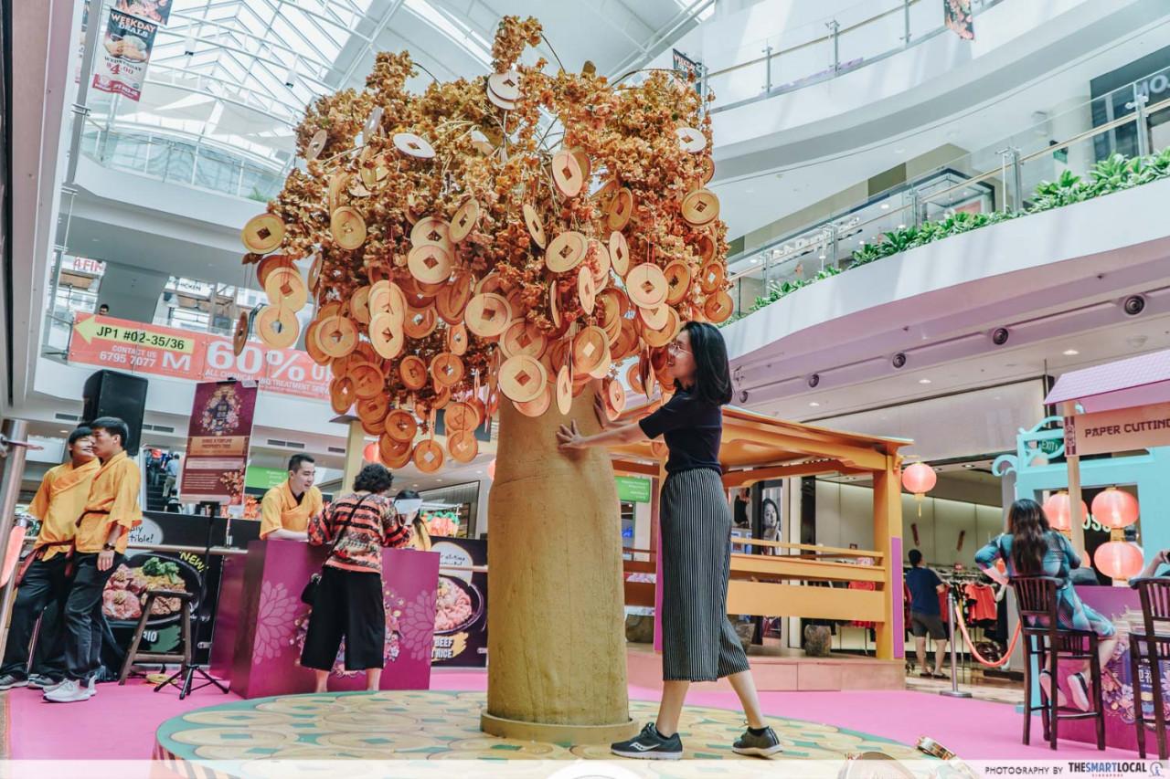 jurong point prosperity tree