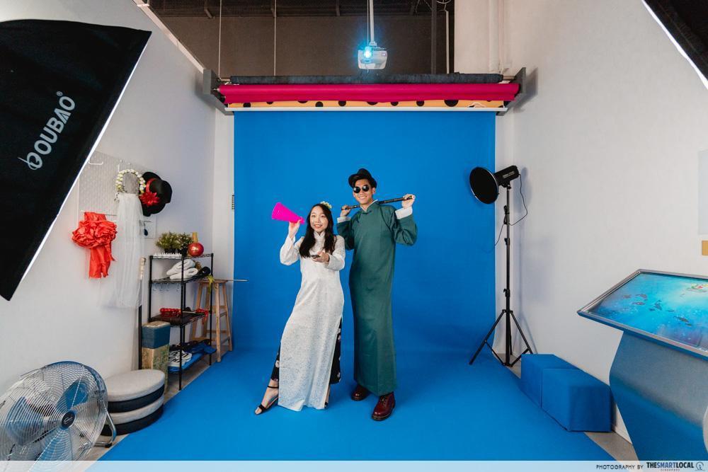 blue studio palfie pix selfie photoshoot