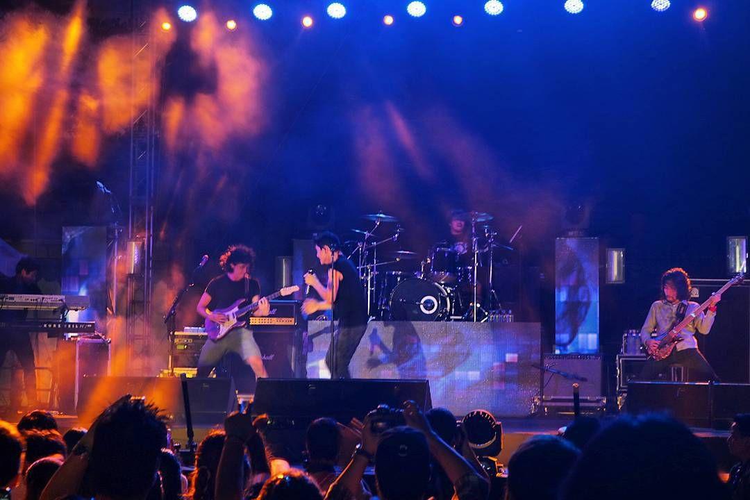 sundown festival singapore april music