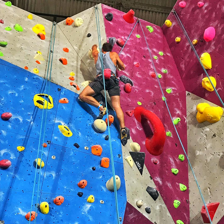 rock climbing bouldering gym singapore beginners pro biggest climbing gym onsight