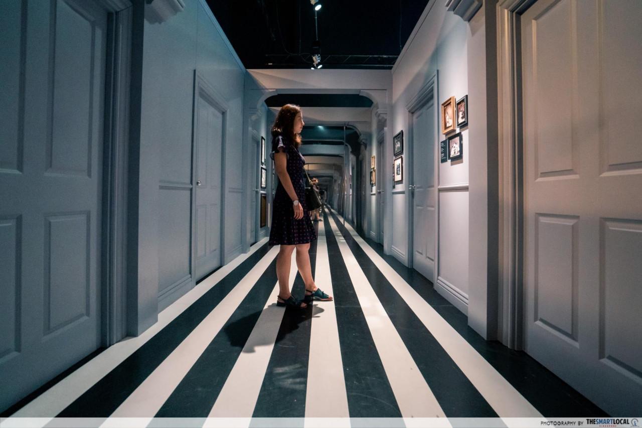 Wonderland - Hallway of Doors