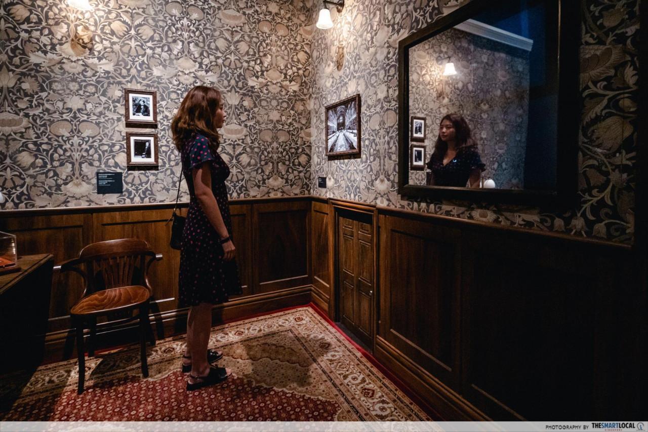 Wonderland - Lewis Carroll's drawing room