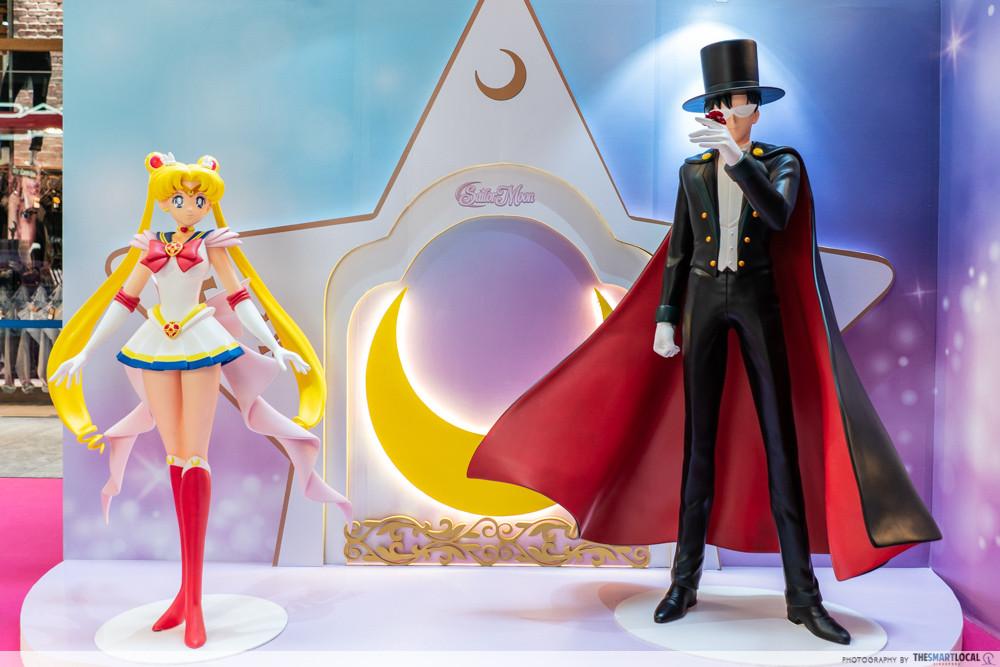 sailor moon 313 somerset pop up store event town cutouts 3d figurines