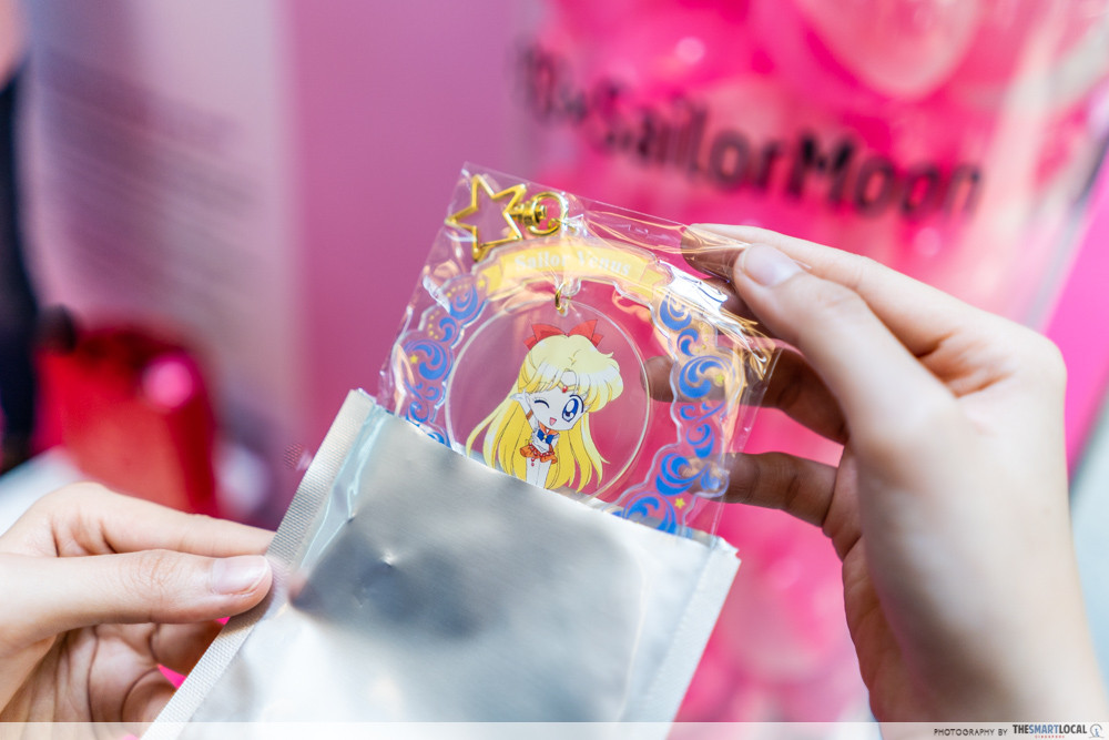 sailor moon 313 somerset pop up store event town cutouts 3d figurines gachapon keychain prizes