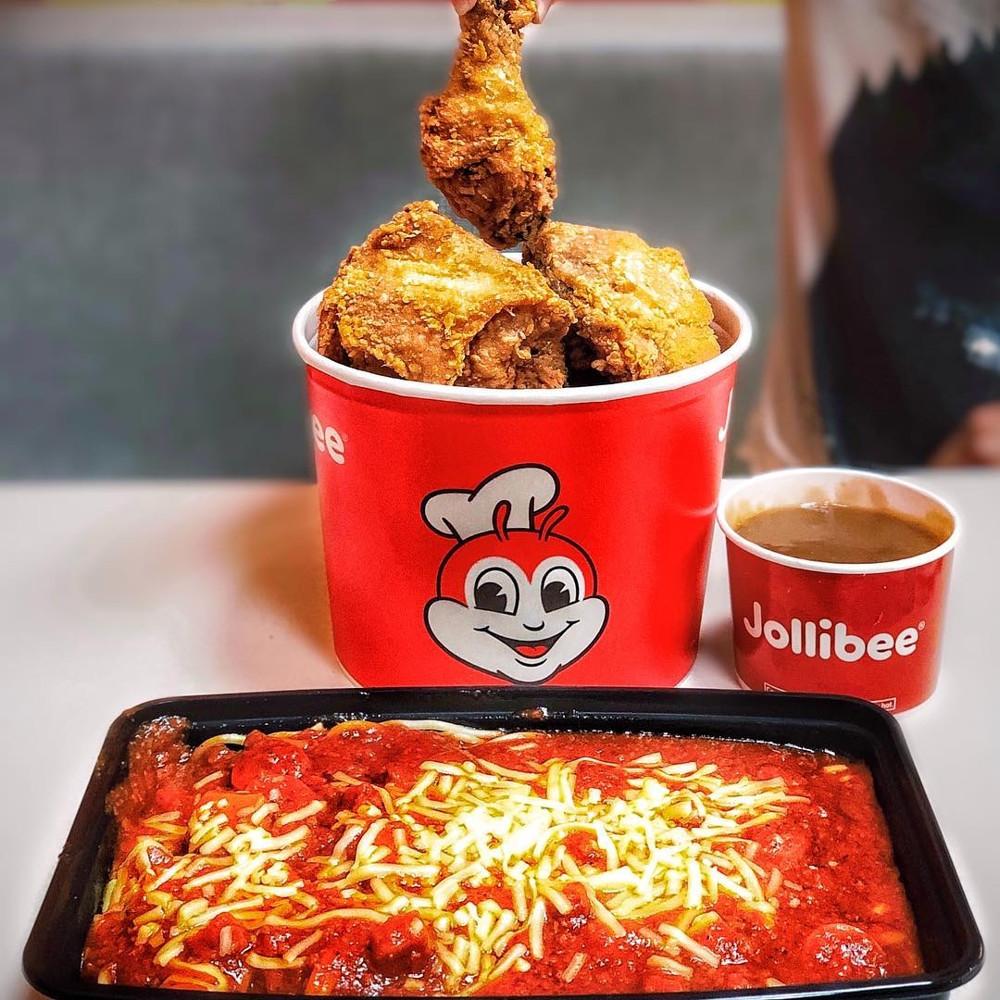 Fried chicken - Jollibee