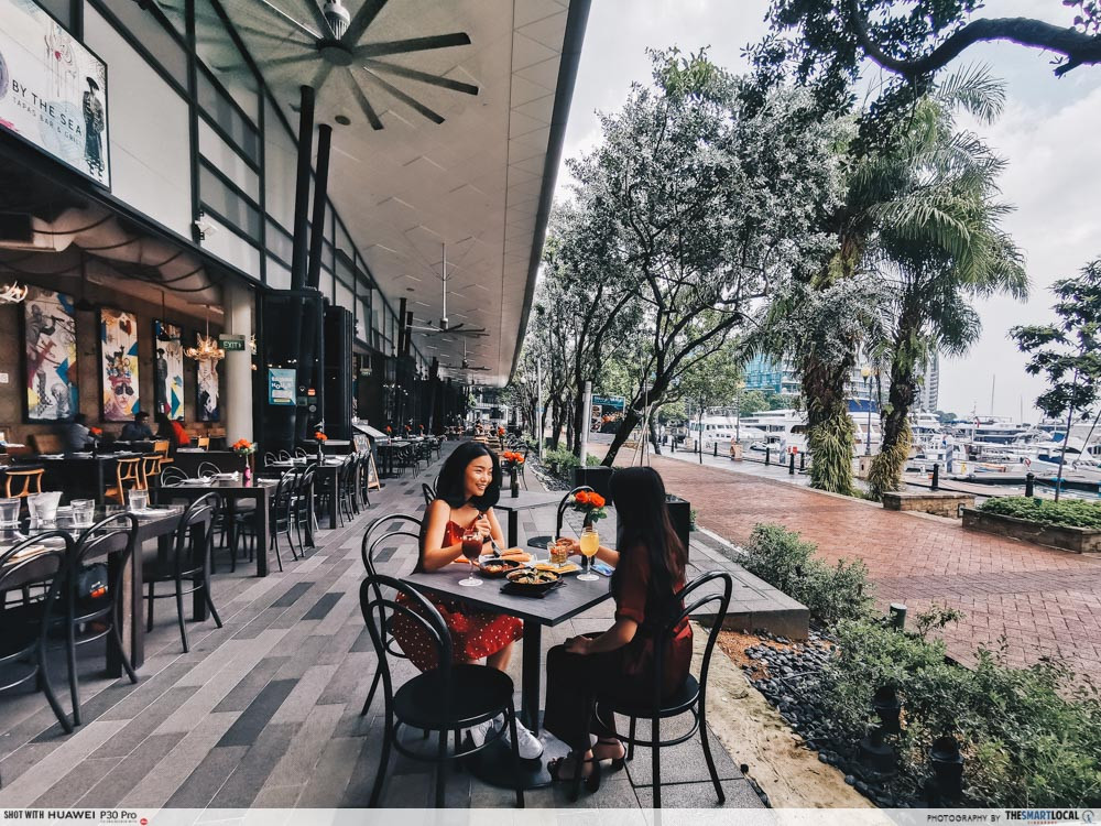 waterfront cafes singapore scenic alfresco dining sabio by the sea