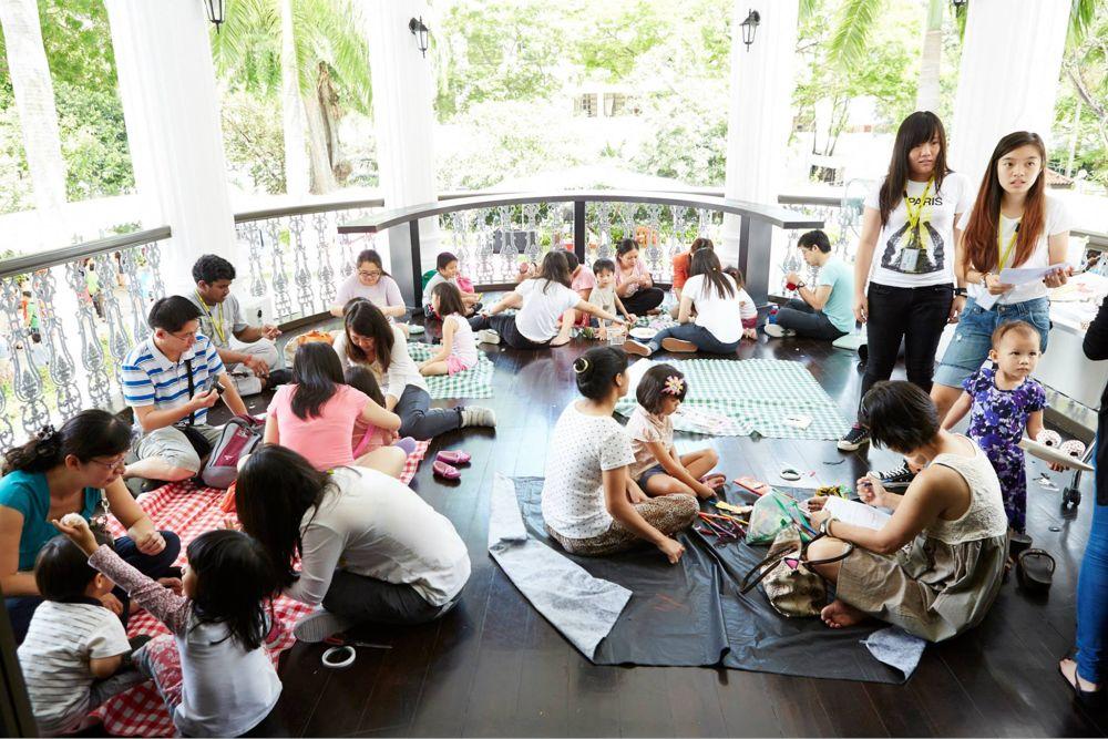 Arts and crafts workshop at Wan Qing Dumpling Festival