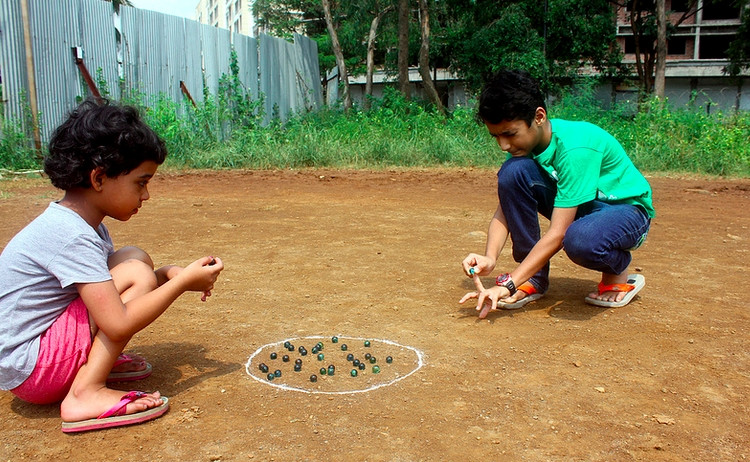 Traditional Singaporean games - Goli