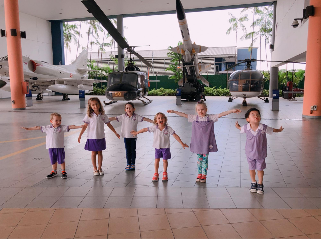 mulberry learning centre kids airplane excursion
