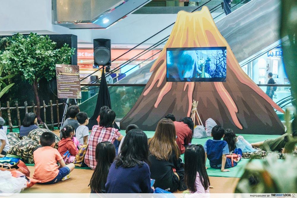 free movie screening dinosaur