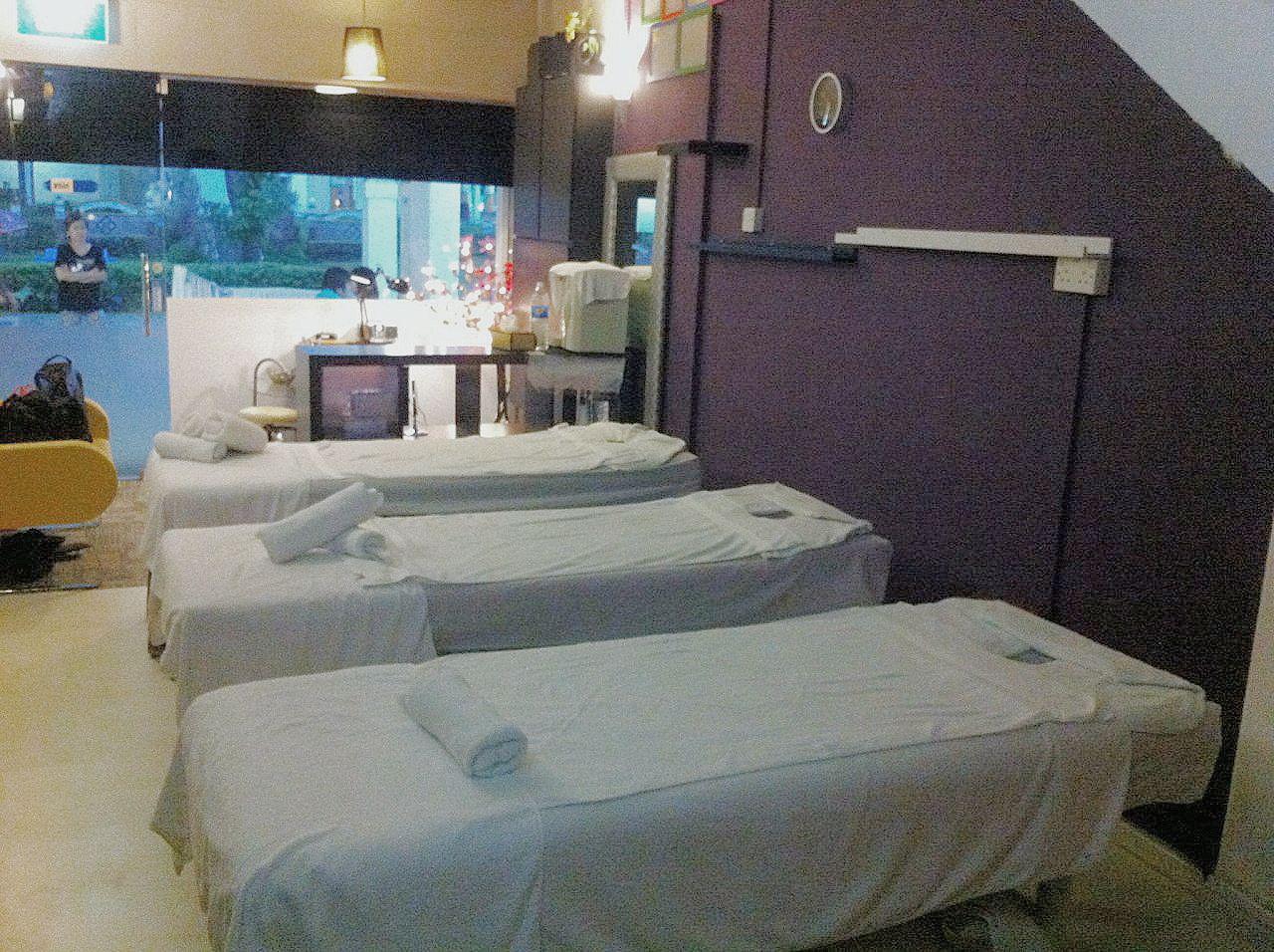 Thai Massage Parlours in Singapore - Thai Massage Singapore