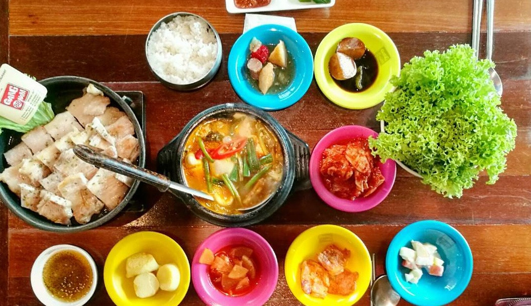 dishes for sharing at Gangnam88