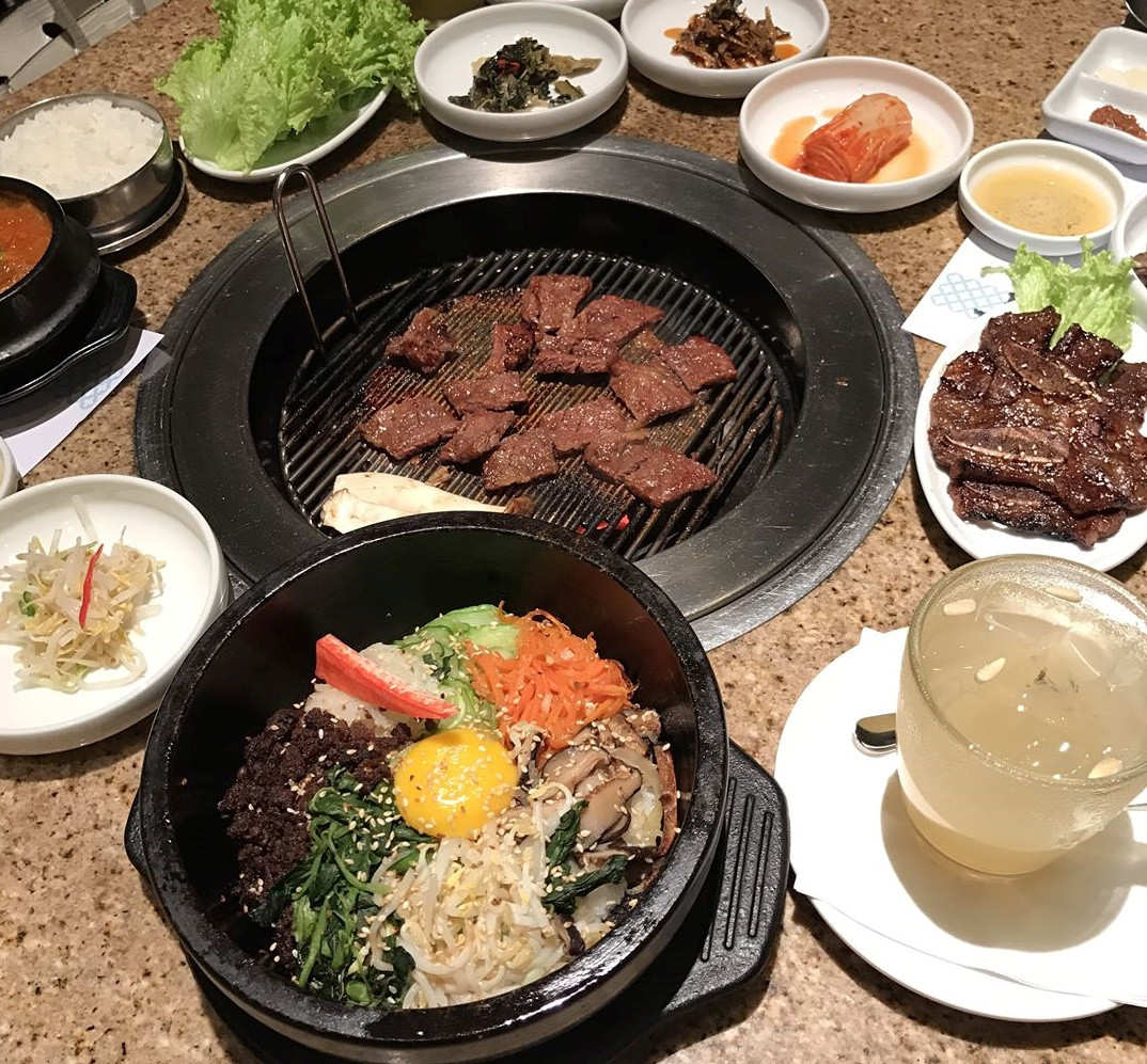 Bulgogi, Samgye Tang and Galbi Tang in Set A is suitable for 2 people