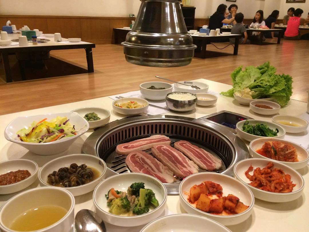 Daorae Korean BBQ has traditional floor seating for guests to have an authentic Korean eating experience