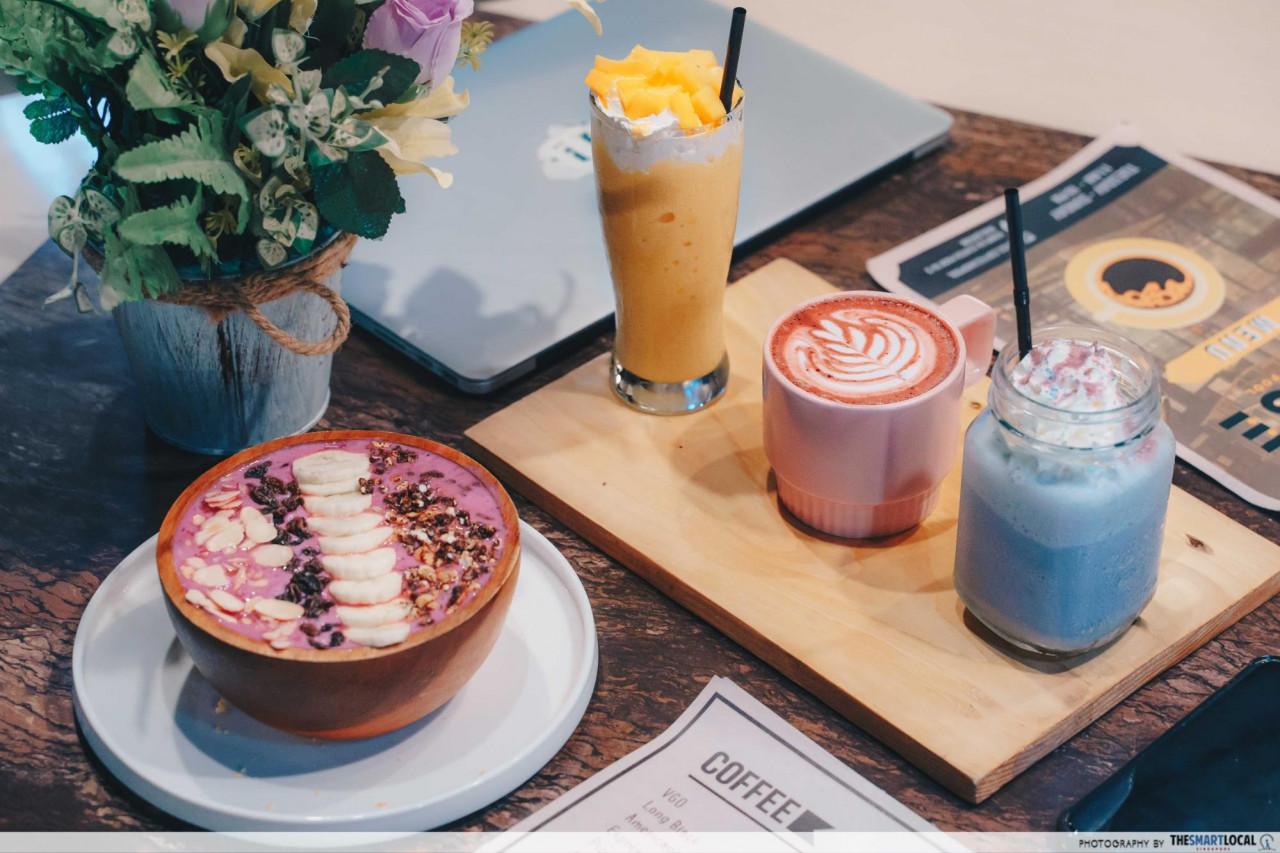 desserts at Sense cafe