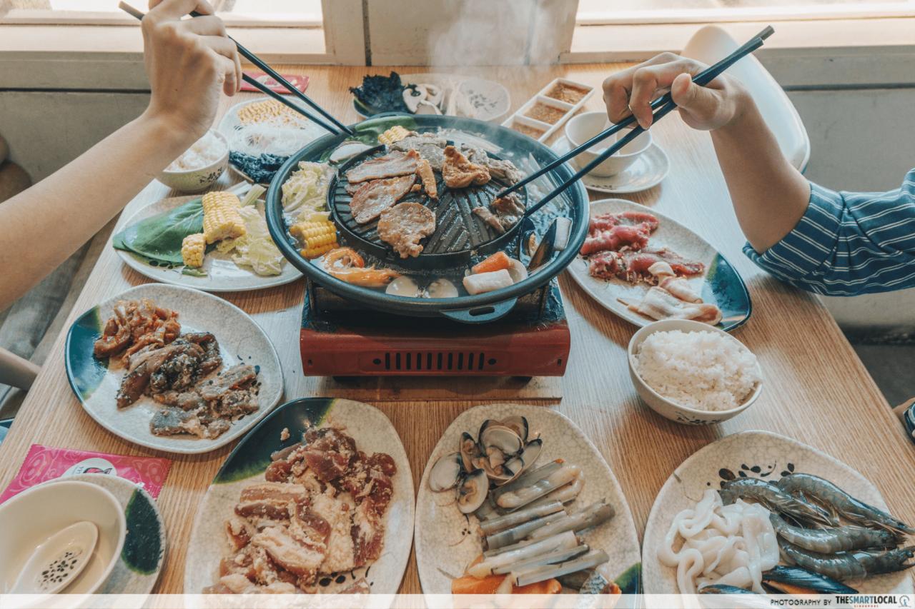 mookata buffet spread