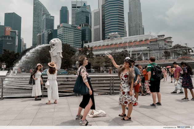 Crazy Rich Asians - Merlion Park