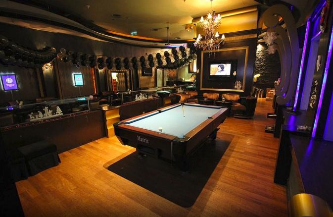 grand paragon pool