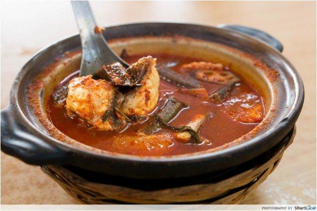 jadi baru botak assam claypot curry fish head