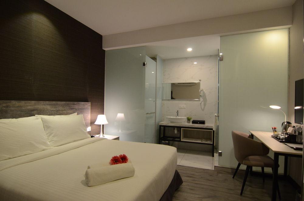 leverage hotel