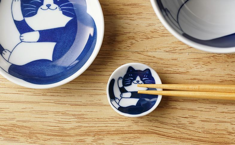 Cat tableware chopstick holder