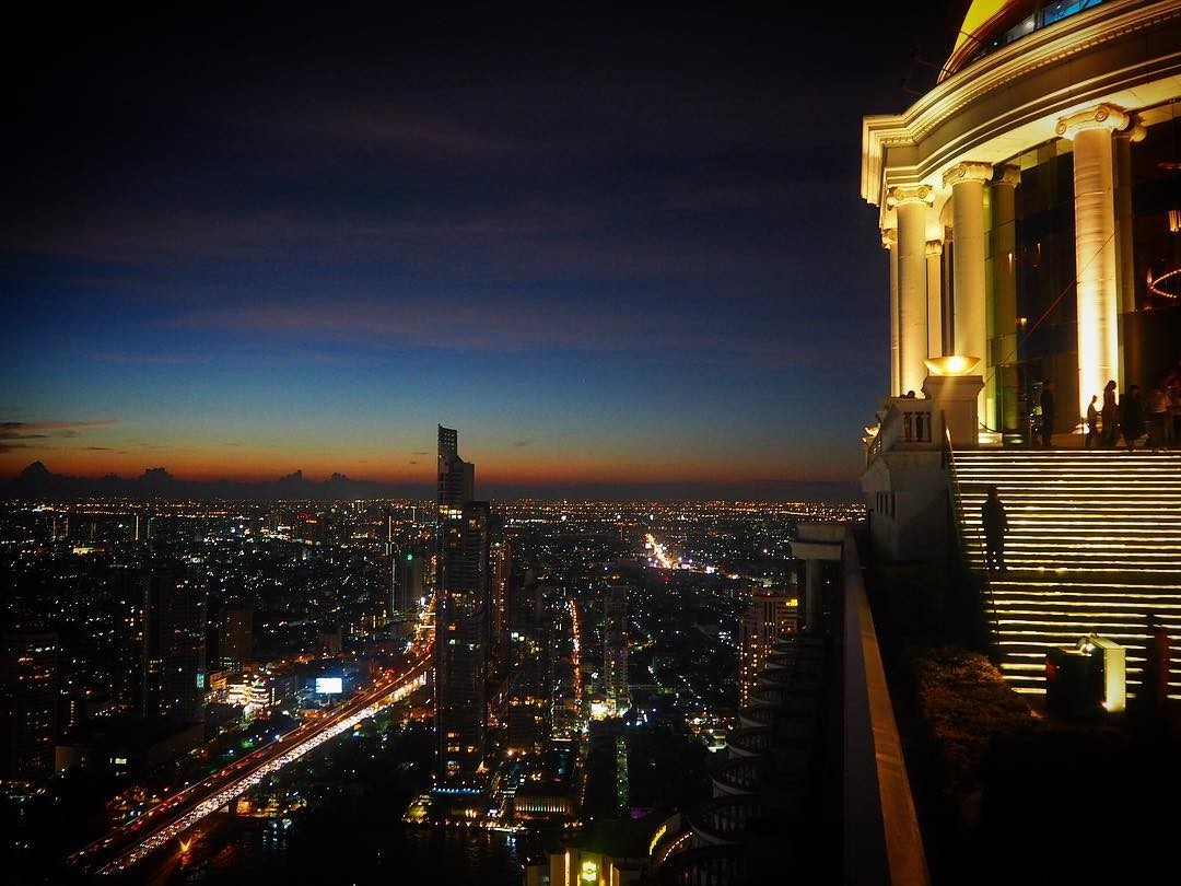 Sky Bar - rooftop bar in Bangkok - views