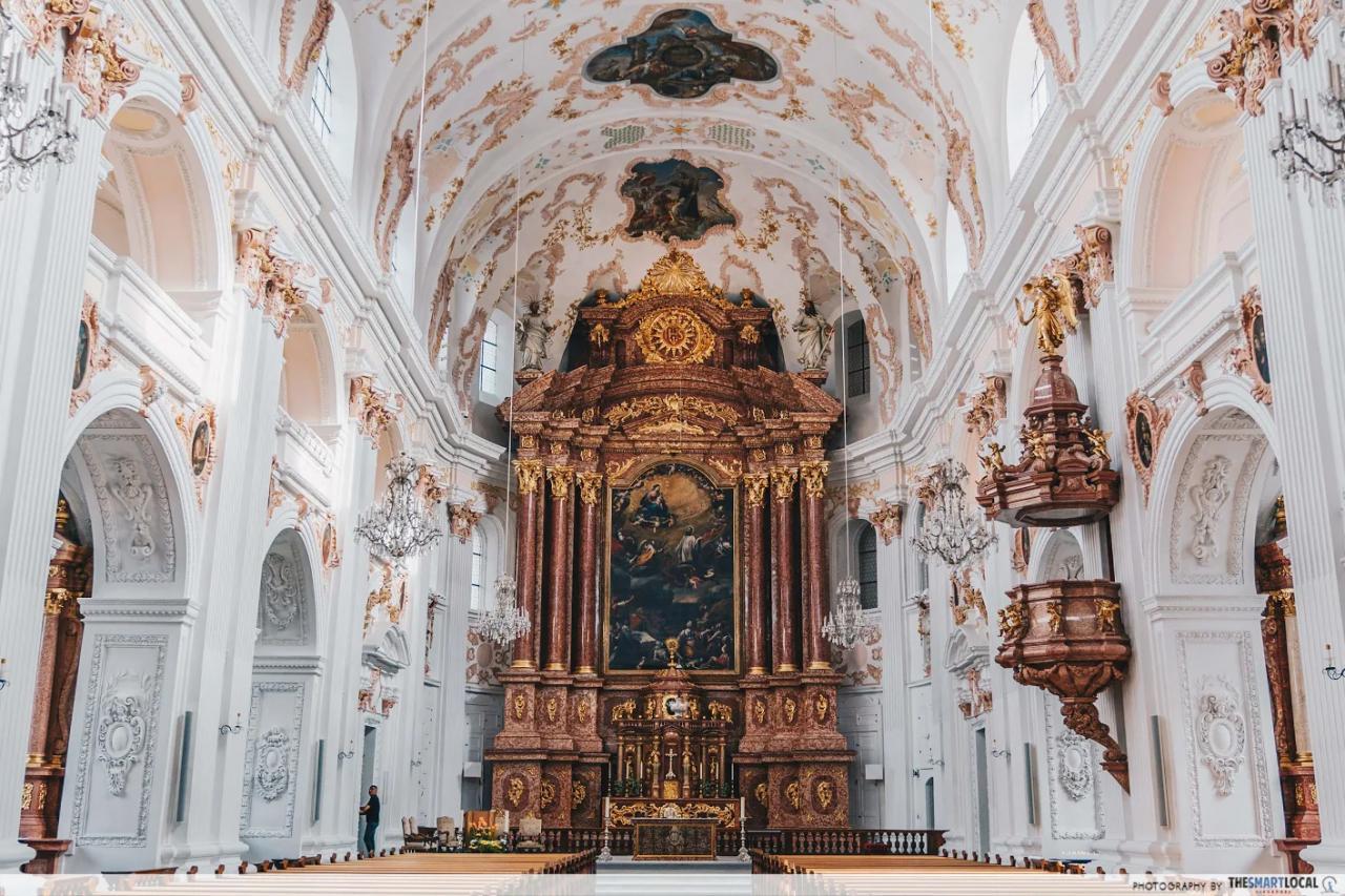 jesuitenkirche interior