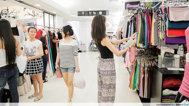 Tourism Authority of Thailand - shopping in Bangkok