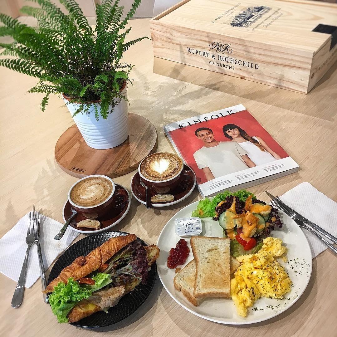 Seeds cafe in Rainbow Centre