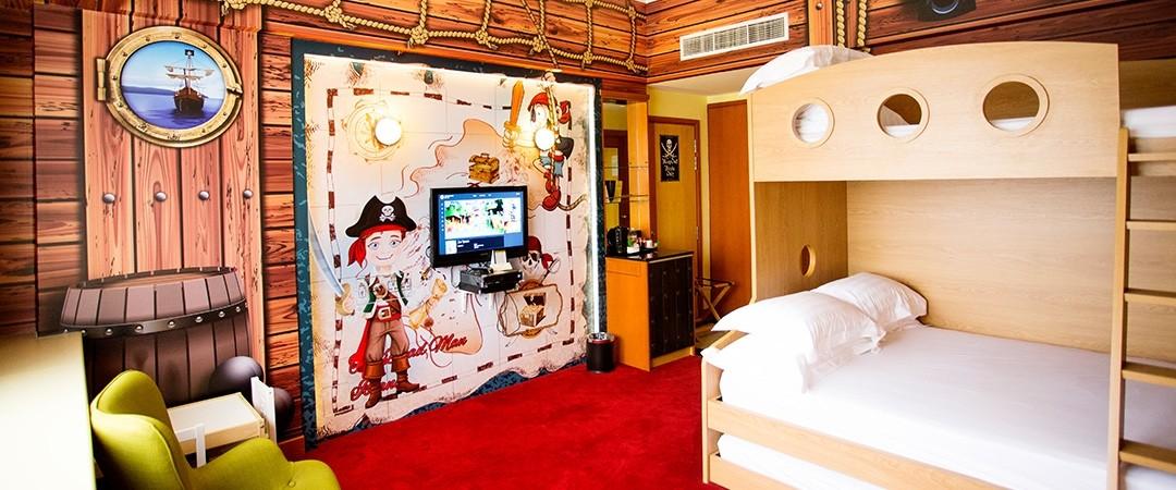 Family staycation - Furama Riverfront Hotel