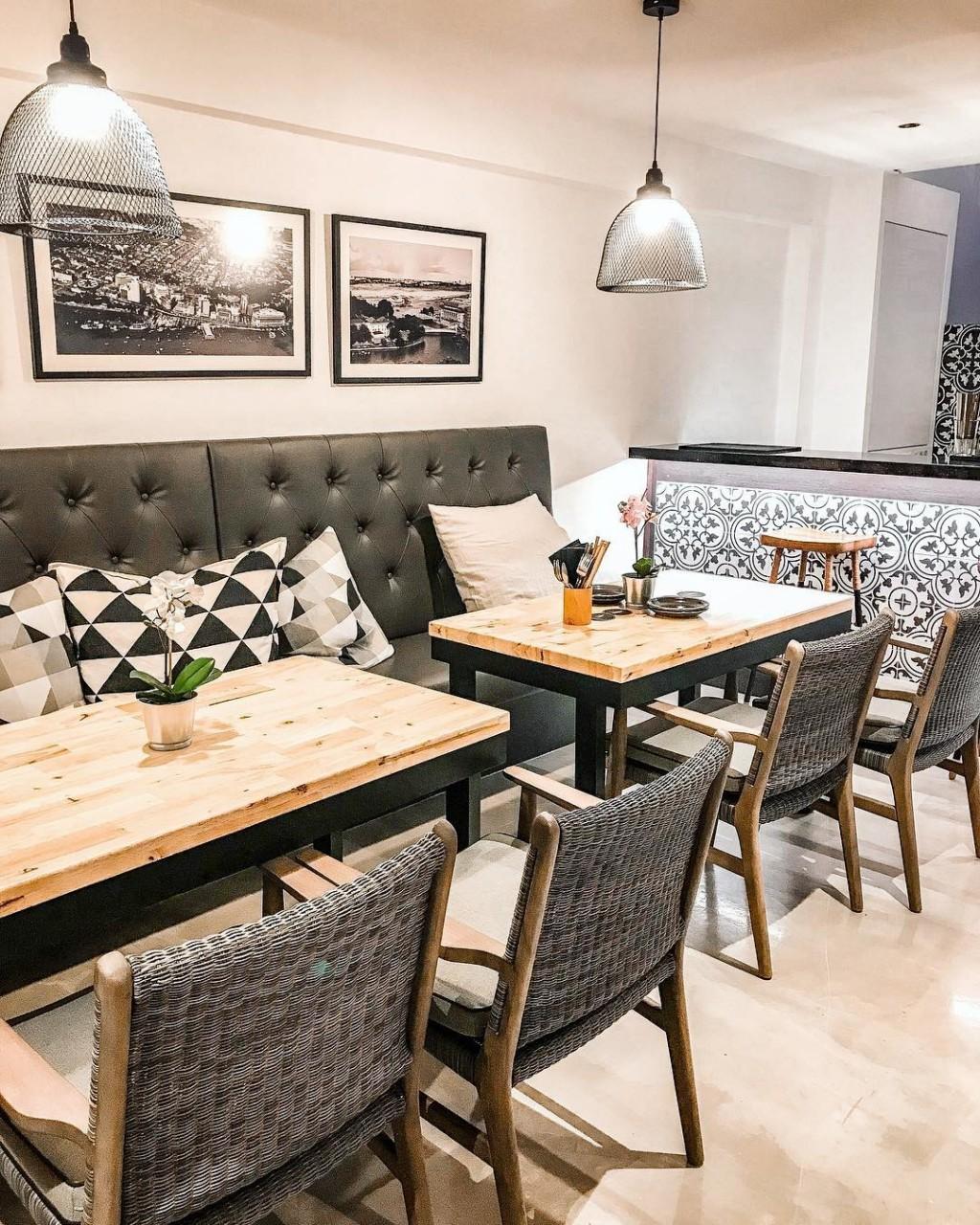 New restaurants - The Sampan