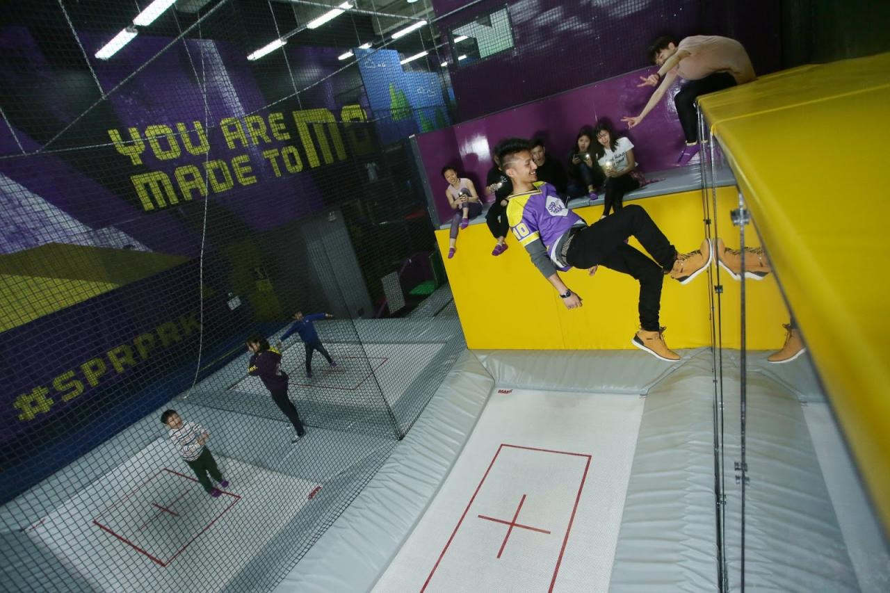 trampoline platform