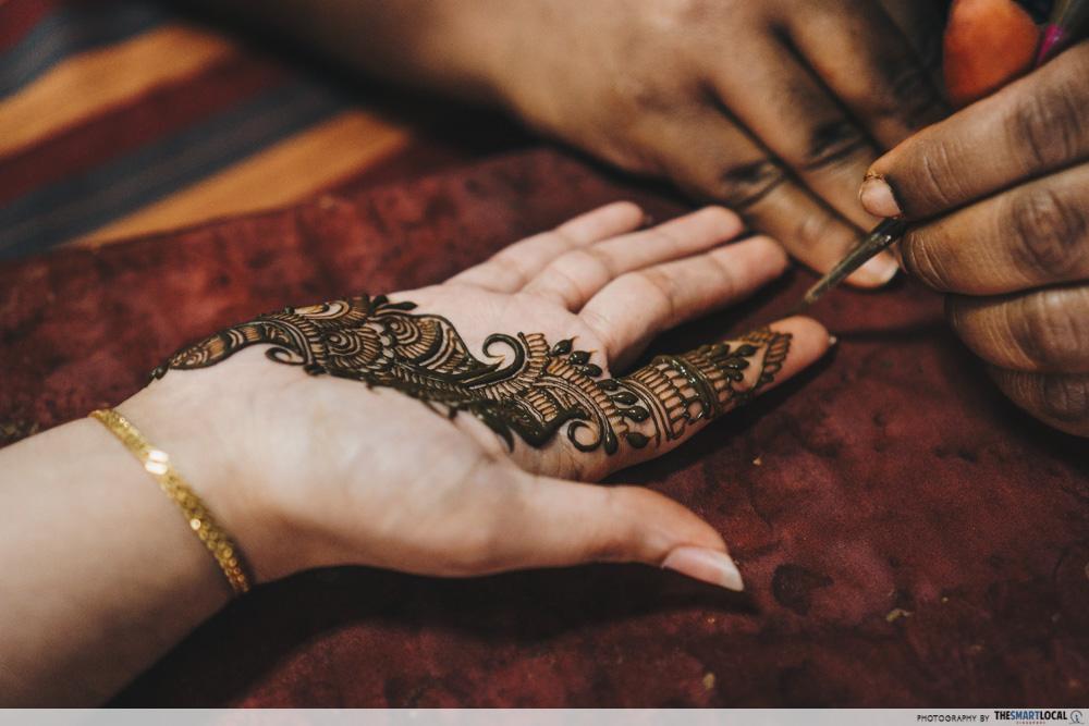 dishacreationz henna art